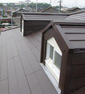 屋根雨漏り修繕リフォーム工事 ※屋根カバー工法リフォーム